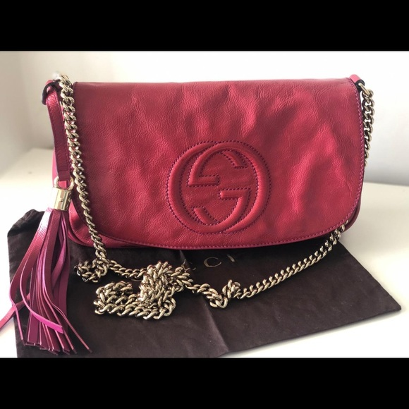 Gucci Handbags - Soho Crossbody GUCCI Fuchsia! SALE 😵🔥